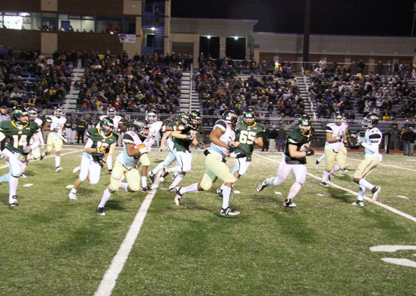 Gators pound out 34-9 win in rematch against Penn-Trafford